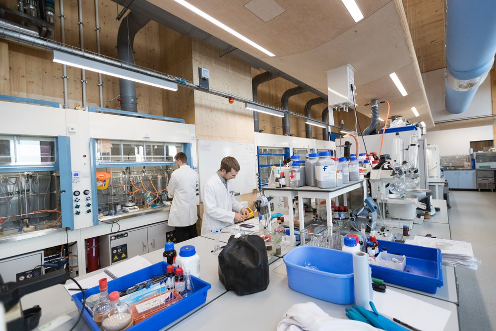 Students at the University of Nottingham pictured in their state of the art laboratory