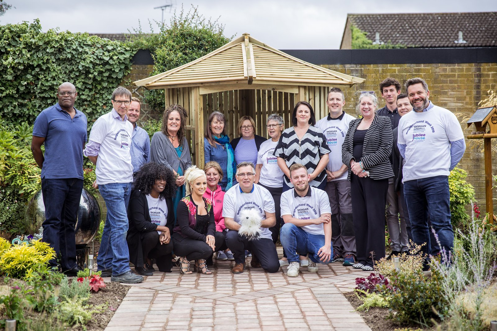 Image of the team taking part in Morgan Sindall Construction's Neighbourhood Week 2019