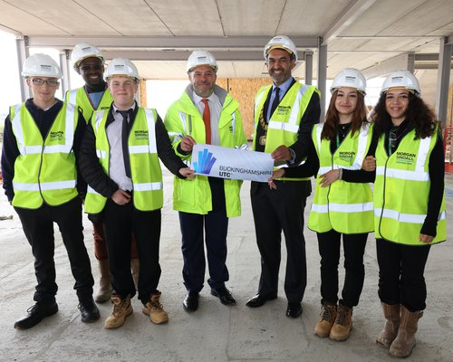 Kingsbrook School Topping Out 023.jpg