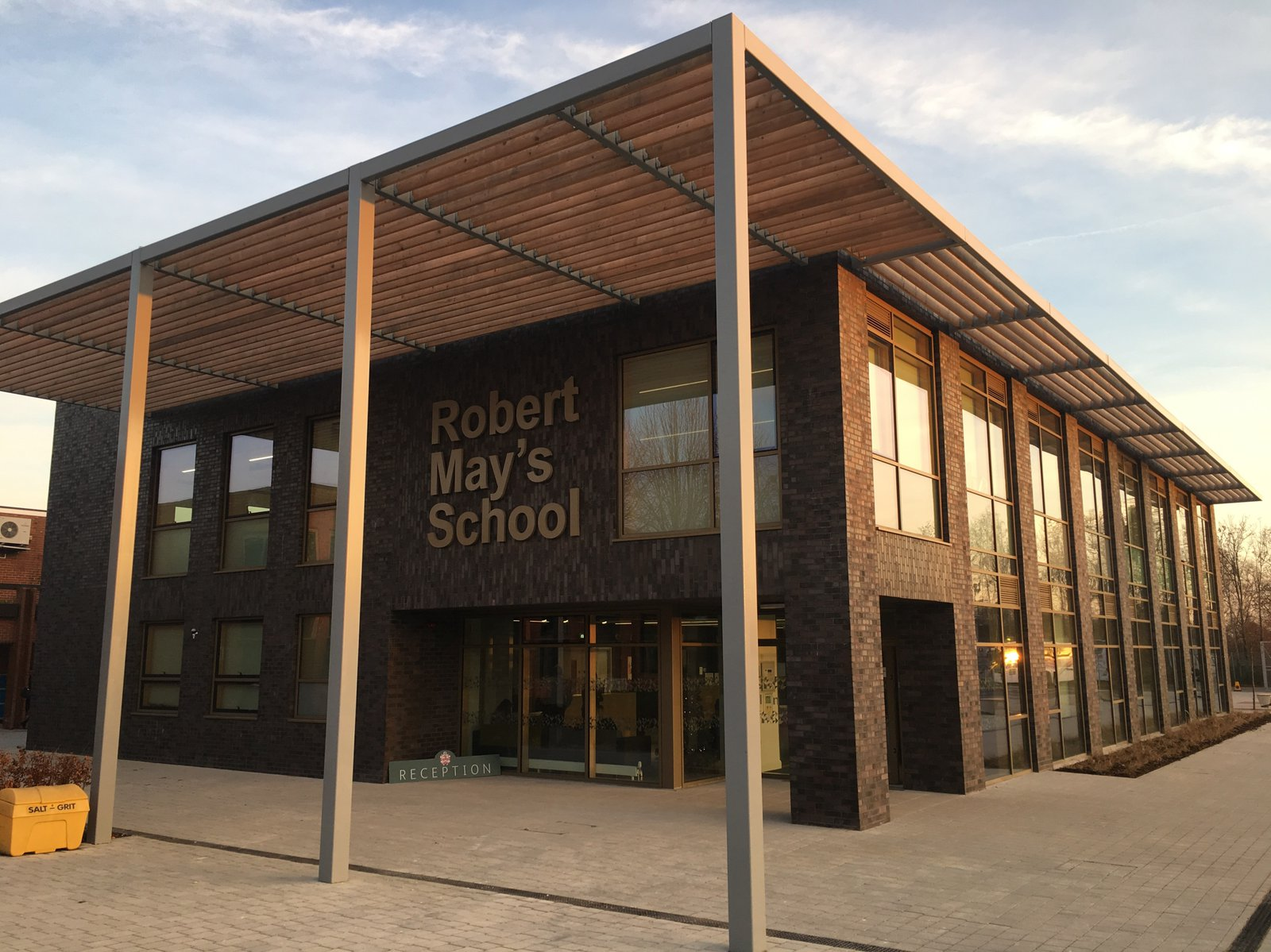Image of the front entrance to Robert May's School in Odiham, Hampshire
