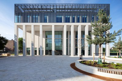 Picture of the completed Hackney Britannia Leisure Centre from the outside (Image credit: Diane Auckland, Fotohaus)