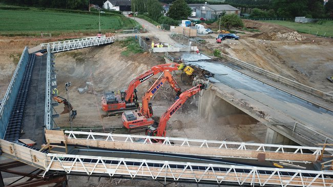 Bridge removal taking place as part of the A421 project